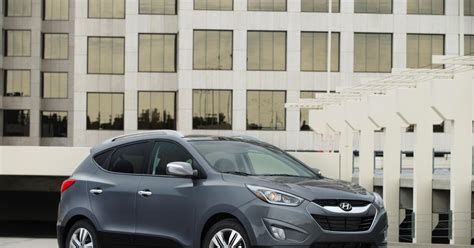 Hyundai Tucson Competitors 2014 Hyundai Tucson Doesn T Flinch In Compact Crossover