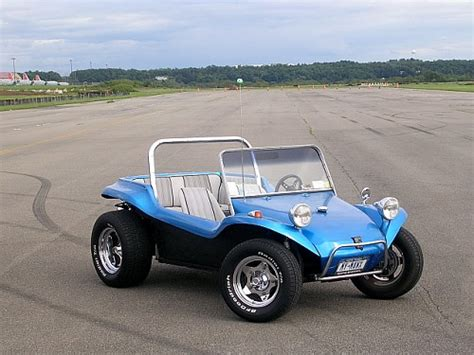 volkswagen buggy blue fiberglass dune buggy build on the workbench model