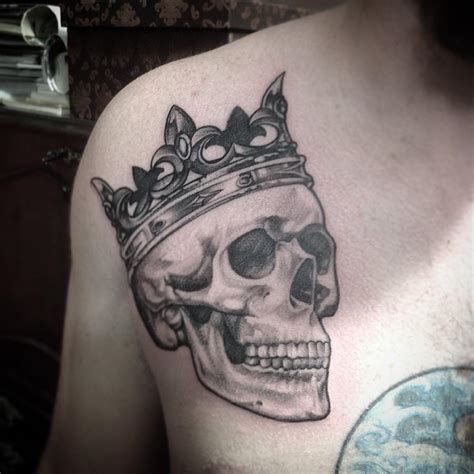 skull with crown tattoo 27 crown designs trends ideas design trends