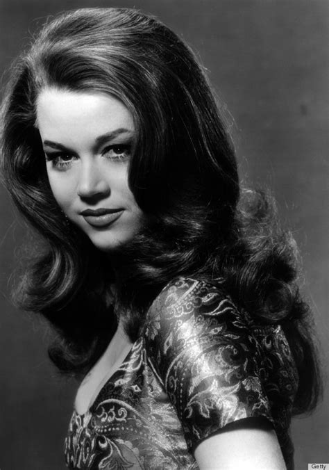 1960s female models with long dark hair 1960s hair icons who taught us everything about big hair