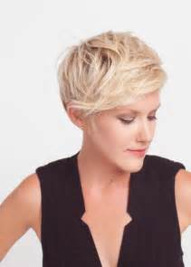 easy to manage hairstyles with fringe 14 very short hairstyles for women messy short hair