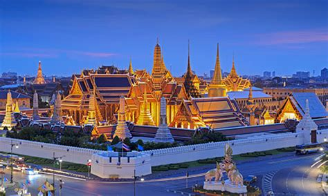 bangkok landmarks voted   top  attractions