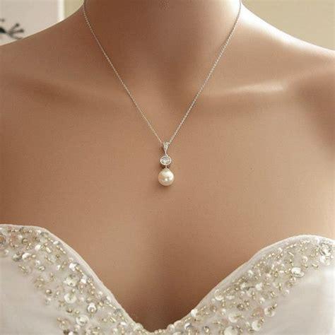 Perlen Brautschmuck by Perle Anh 228 Nger Halskette Braut Halskette Poetryjewelry