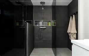 la salle de bain d 233 co noir de style moderne et contemporain