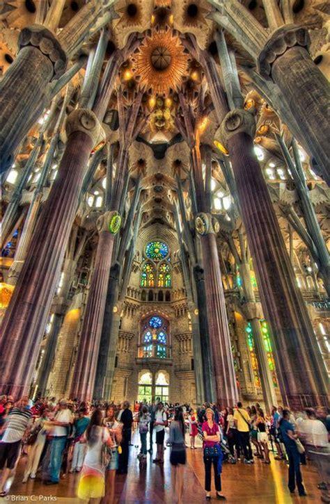 interior de la sagrada familia interior of la sagrada familia barcelona spain best