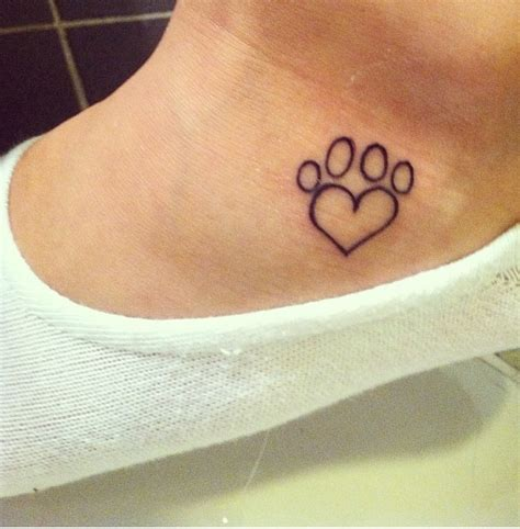 heartbeat paw print tattoo paw print tattoo and heart my style pinterest