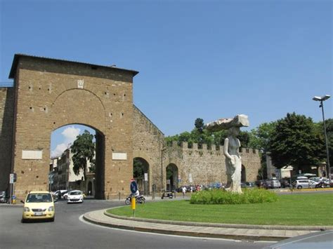 porto romana the gates picture of porta romana florence tripadvisor