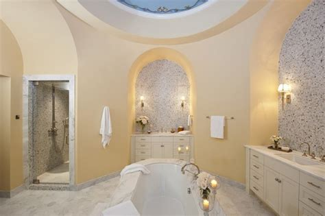 scarface bathtub rent tony montana s scarface house for 30k per month