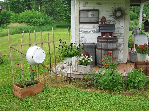 backyard decor prim garden on pinterest bee skep birdhouses and garden sheds