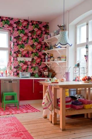 pink wallpaper kitchen pe087 31 pink floral wallpaper and workbenches in ode