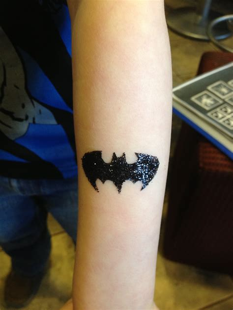 batman glitter tattoo hands that make wishes