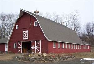 gambrel barns lovely barn roof 10 gambrel roof barns smalltowndjs com