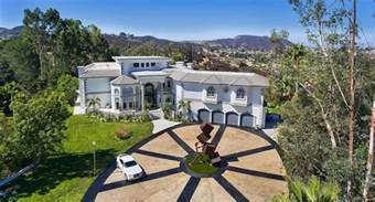 Bookcases Tall Jake Paul S New 7 4 Million Team 10 House In Calabasas