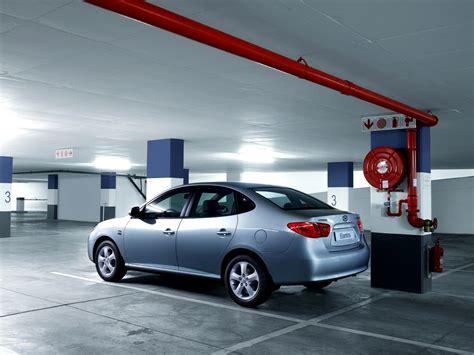 Hyundi Garage by Hyundai Elantra In Underground Garage Wallpapers And