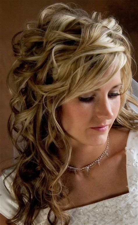 long curly wedding hairstyles beautiful long wavy curly hairstyle for wedding