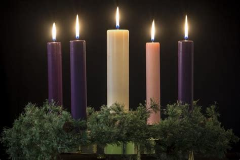 advent candle colors advent candle meaning lovetoknow