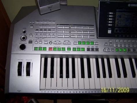 Keyboard Yamaha Tyros 2 yamaha tyros 2 image 557371 audiofanzine