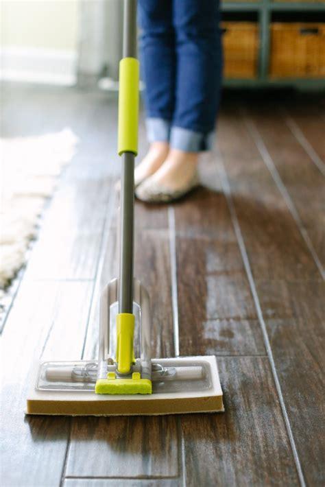 How to Make Homemade Floor Cleaner (Vinegar Based)   Live