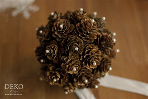 tischdeko weihnachten zapfen weihnachtsdeko basteln h 252 bsche deko aus zapfen deko