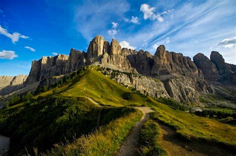 dolomite mountains enjoy a photo workshop adventure in the dolomites and lago