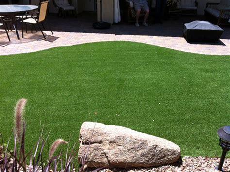 Artificial Grass Wichita, Kansas. Putting Greens