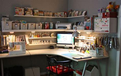 bureau ordinateur en coin bureau d angle ikea avec coin ordi dans l angle et coin