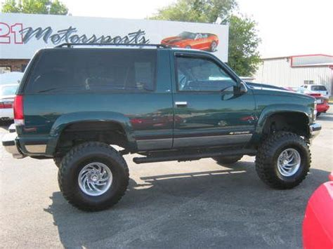old car owners manuals 1998 gmc yukon seat position control find used 1998 chevrolet tahoe 2 door 4x4 lifted very nice like classic blazer gmc yukon in