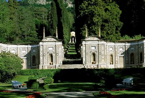 i giardini piu belli d italia roseti labirinti e fontanili ecco i giardini pi 249 belli d