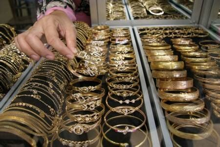 Cincin Dubai By Toko Subur perhiasan emas 2015 related keywords perhiasan emas 2015