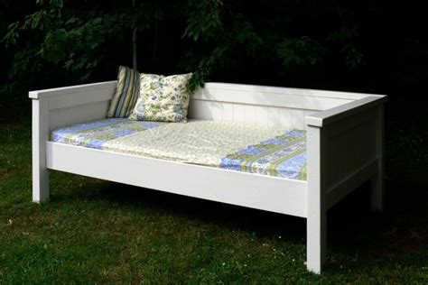simple daybed farmhouse bed hybrid do it yourself home