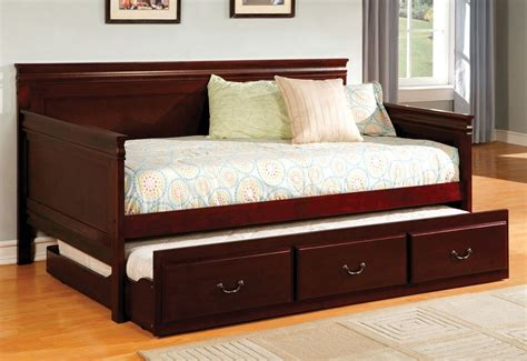 Pull Out Daybed Casey Cherry Daybed Pull Out Trundle