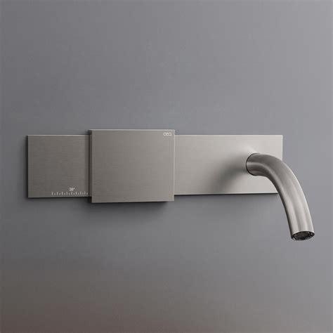 Bathtub Faucet Temperature by Cea Regolo Bathroom Faucet Debuts Sliding Temperature