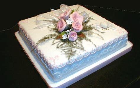 How To Decorate A Cake At Home by Matrimonio E Un Tocco Di Classe Tipos De Torta De Boda