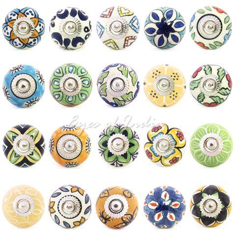 schrank gelb blau gr 252 n gelb keramik dekorativ kleiderschrank kommode