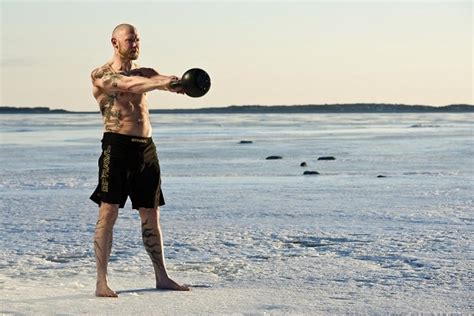 Kettlebell Power Swing - how to do a kettlebell swing the of manliness