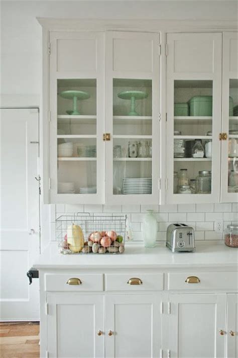 selecting kitchen cabinets painting kitchen cabinets selecting a paint color 11