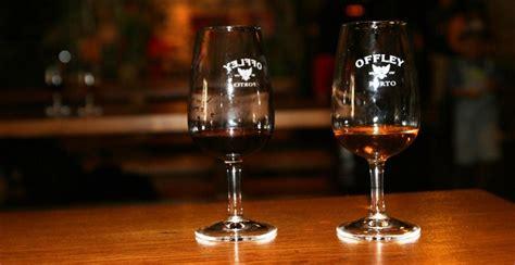 bicchieri da porto vendas de vinho do porto em portugal sobem no primeiro