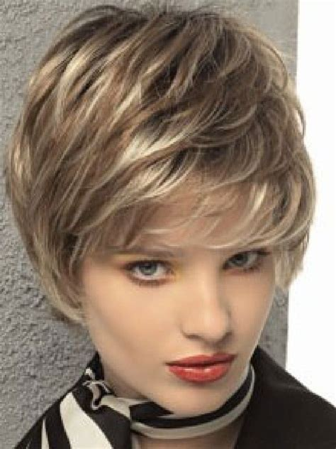 haircuts with shorter hair near face short hairstyles for round faces and thin hair 2012