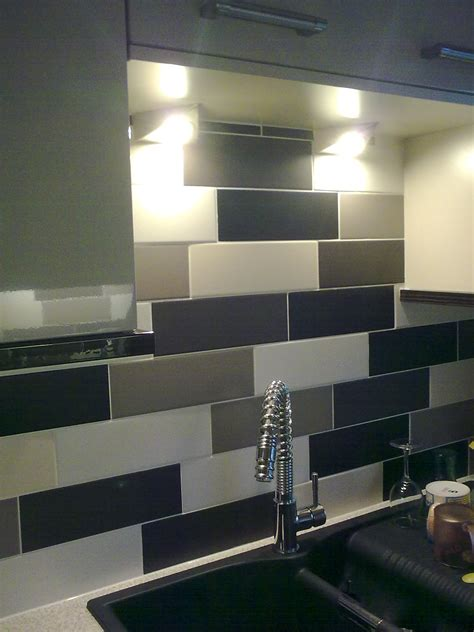 kitchen splashback tiles what tiling tools do i need for wall tiling blog