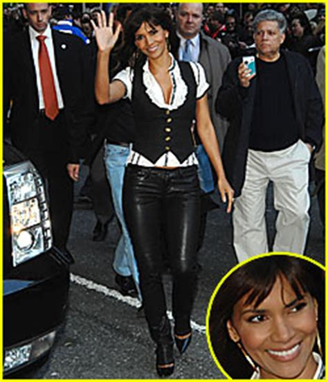 Drive By Monday At Letterman Halle Berry Barack Obama Zach Johnson halle berry david letterman halle berry just jared
