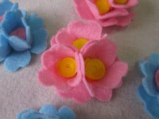 Strawberry Kain Flannel pin kreasi bros flanel sederhana untuk souvenir pernikahan selebriti cake on