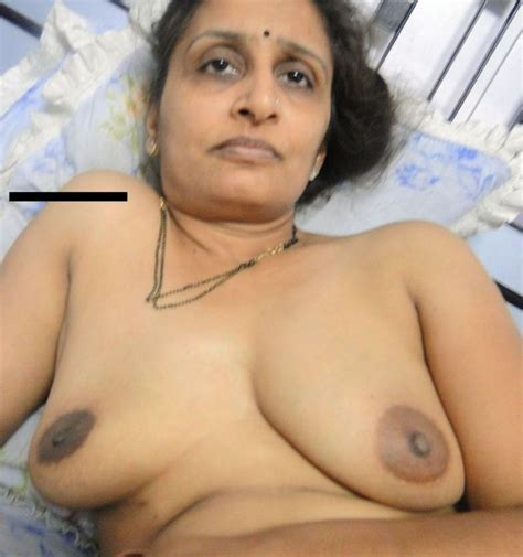 Old Mature Aunty Nude