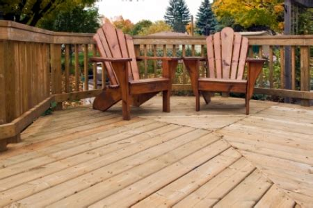 applying spar varnish  outdoor furniture doityourselfcom