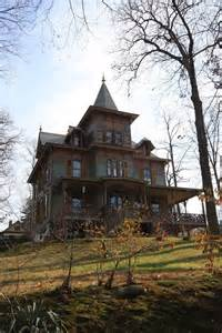 abandoned homes 1000 images about abandoned mansions on pinterest