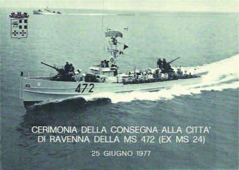 capitaneria di porto marina di ravenna la motosilurante 472 torna sul lungomare di marina di