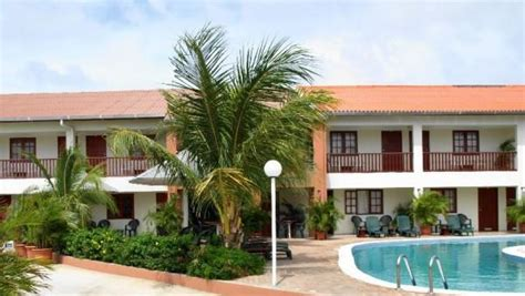 Quality Appartments Aruba by Aruba Quality Apartments Eagle Compare Deals