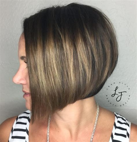 short bob styles with a subtle stacking stacked blonde bob hairstylegalleries com