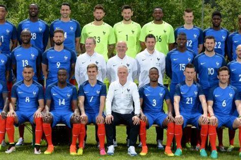 Foot - Bleus - Equipe de France : La photo officielle a ... L Equipe Foot