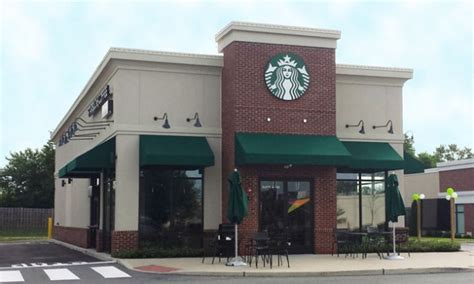 Equity Retail Brokers Represent Starbucks in Leasing 2,000 SF Freestanding Building and 3,000 SF