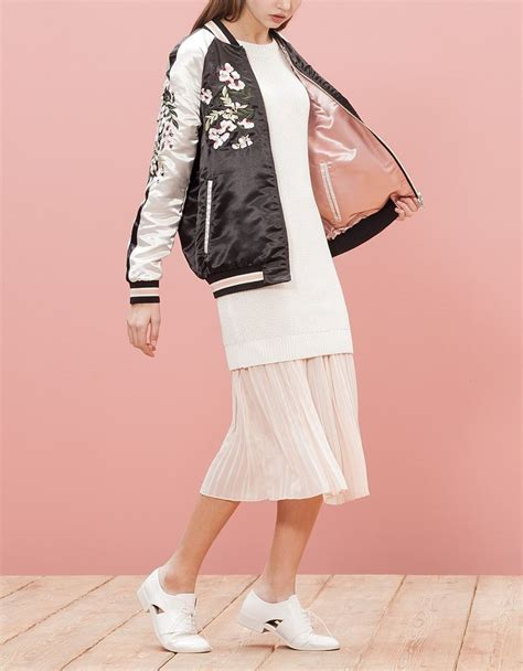 Bomber Despo Pink By B Grace chez stradivarius tu trouveras 1 bomber broderies